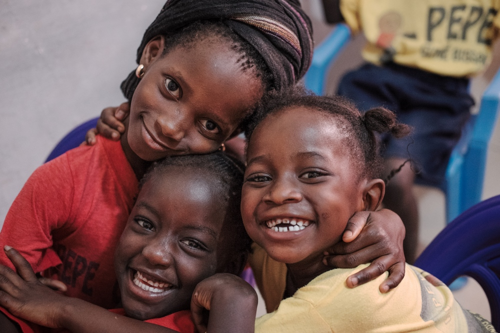 Guinea-Bissau: promoting oral health in a school