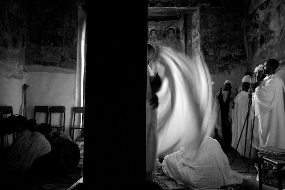 Art and Documentary Photography - Loading orthodox 039.jpg