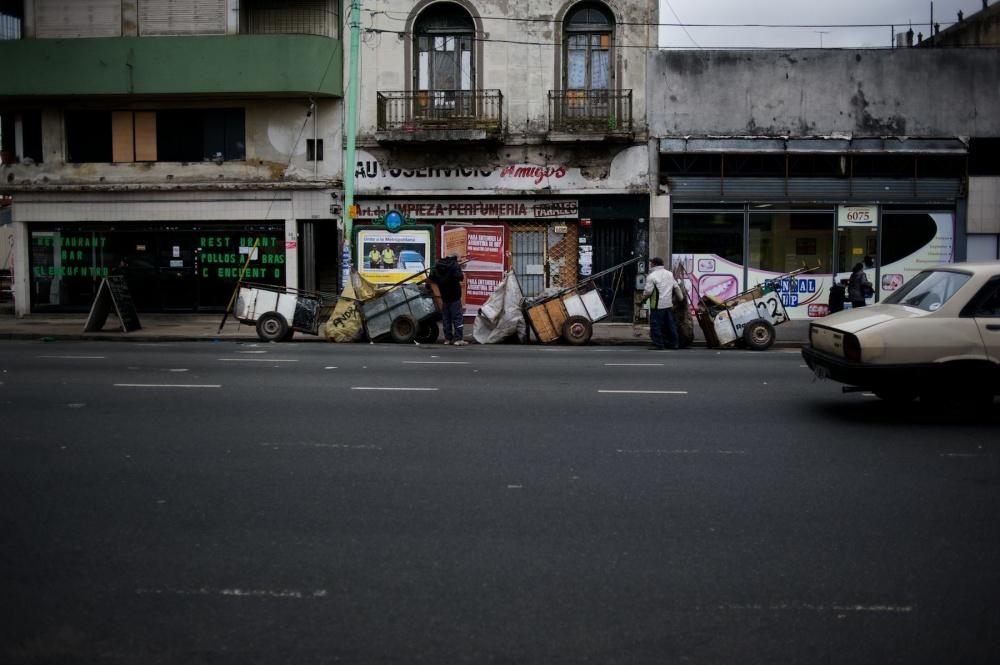 Art and Documentary Photography - Loading cartoneros 014.jpg