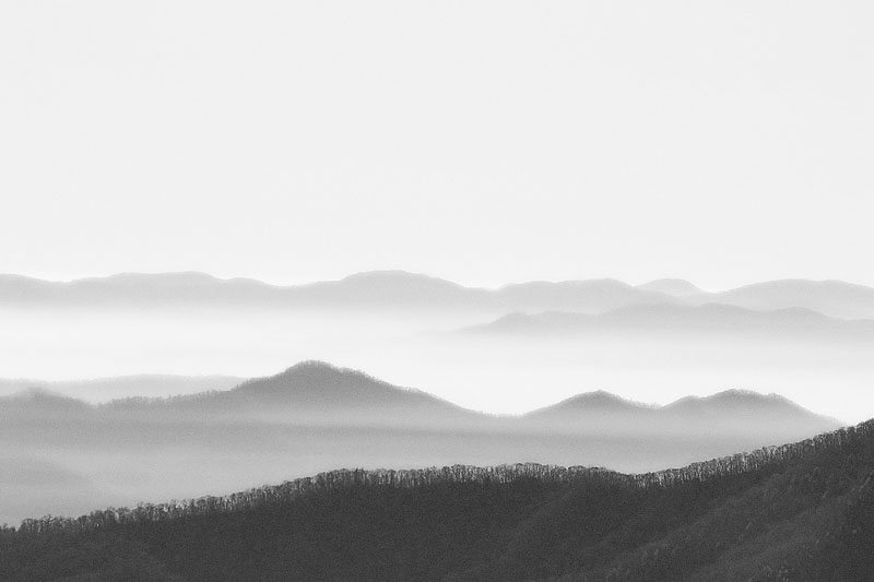 Art and Documentary Photography - Loading 100-0479_SMOKY_MOUNTAINS_X.jpg