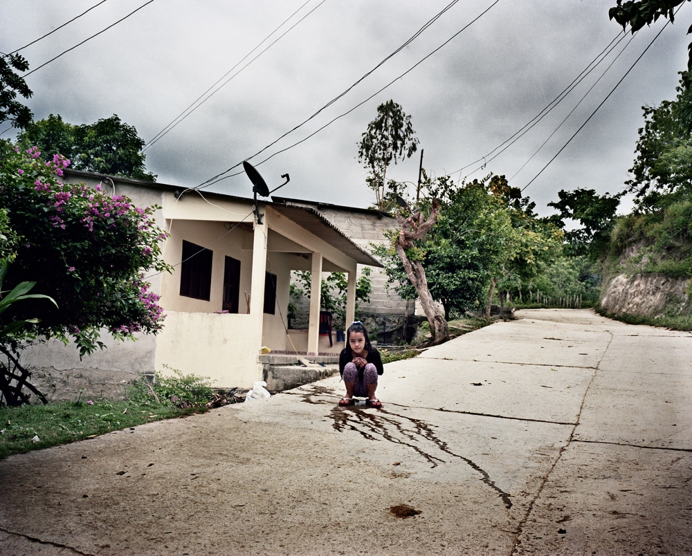 Art and Documentary Photography - Loading Machete_(2011-2013)_HighRes_015.jpg