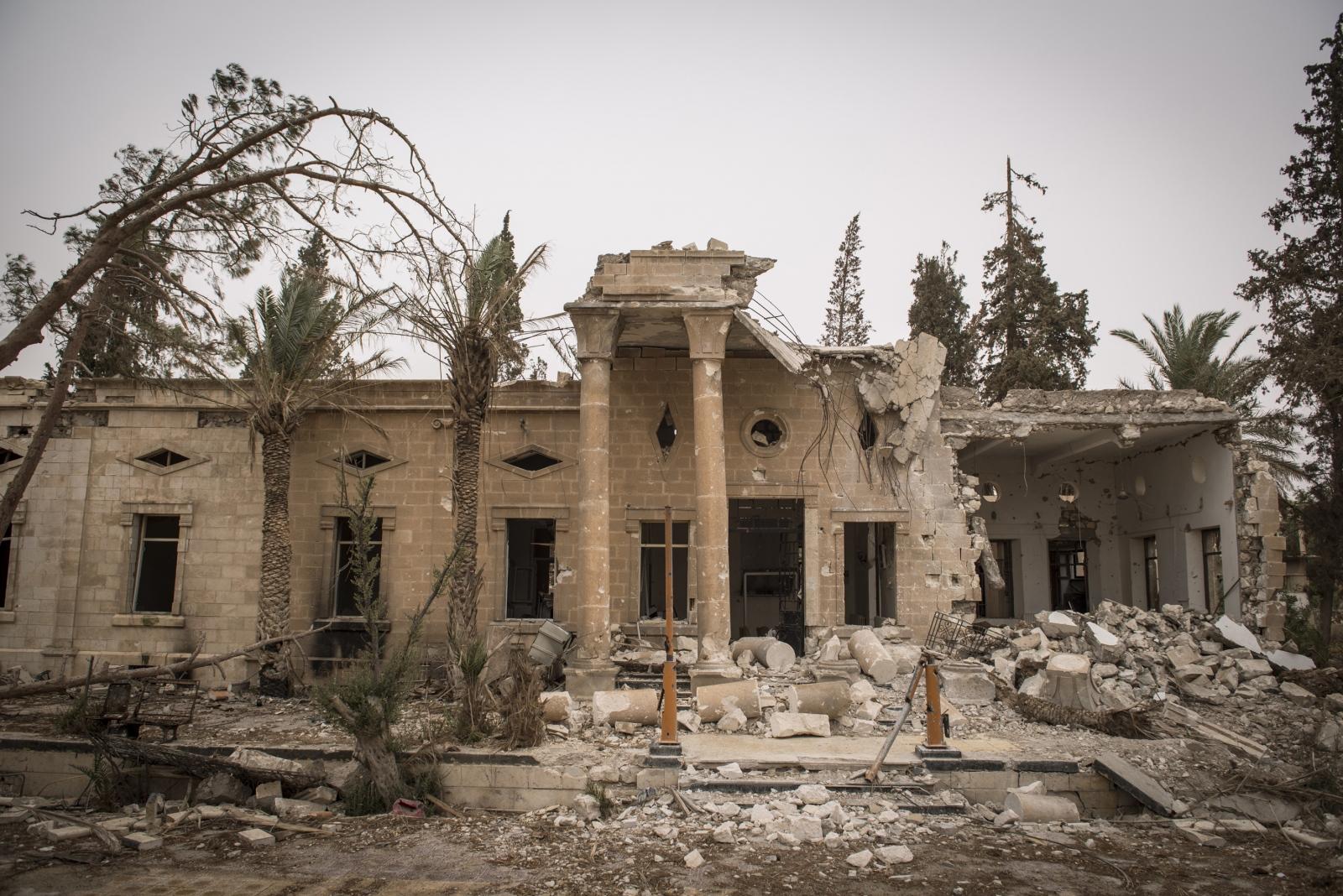 Art and Documentary Photography - Loading Cio___che_resta_di_Palmyra_14.jpg