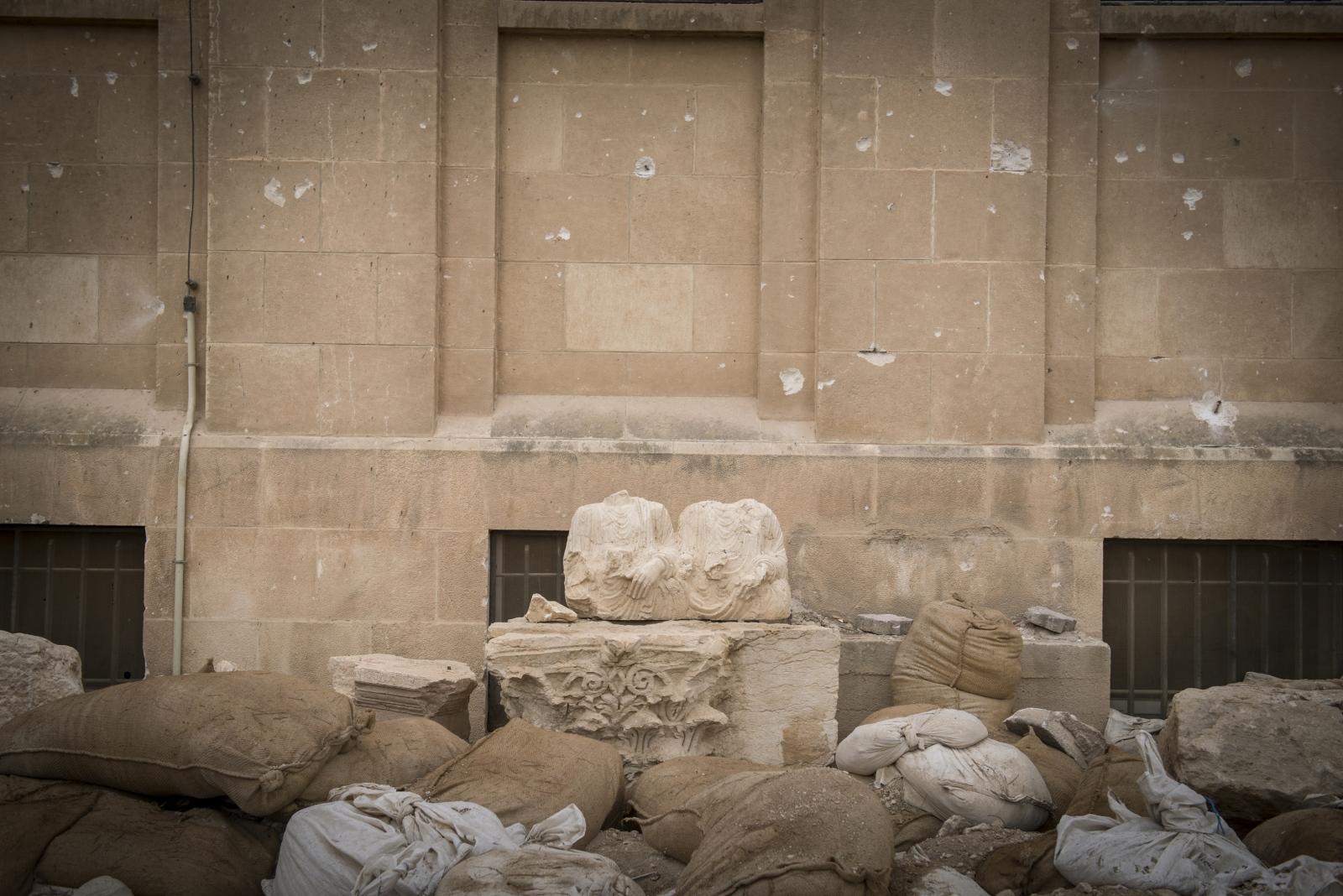 Art and Documentary Photography - Loading Cio___che_resta_di_Palmyra_15.jpg