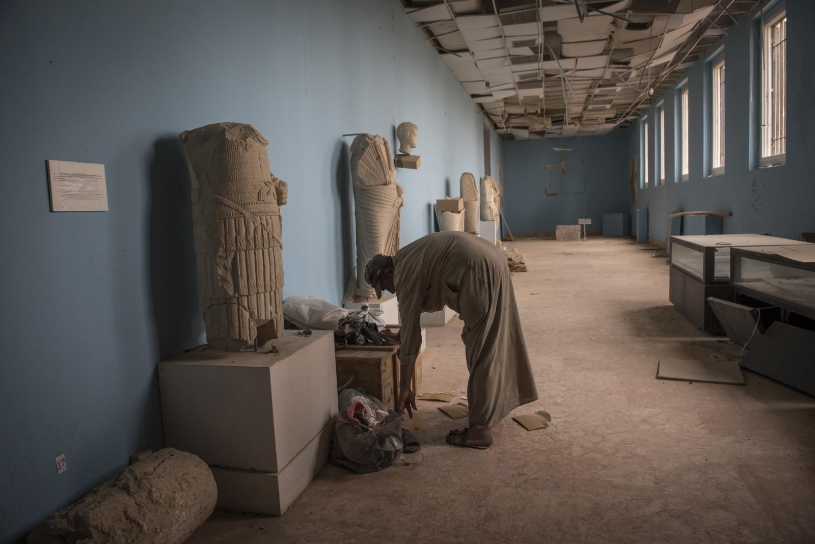 Art and Documentary Photography - Loading Cio___che_resta_di_Palmyra_20.jpg