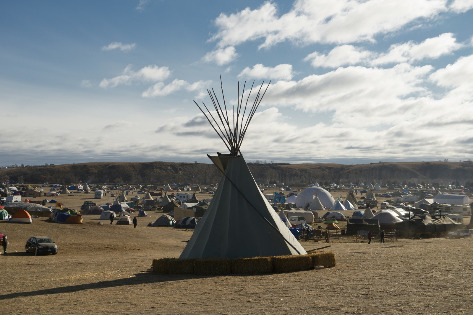Art and Documentary Photography - Loading standing_rock_27.crop.jpg