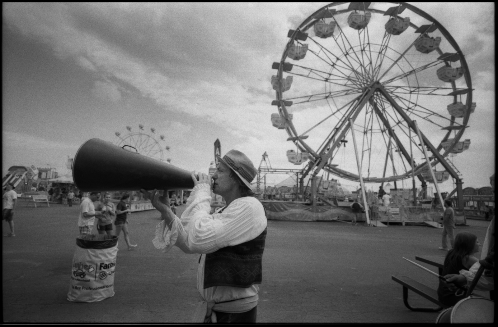 Giovanni Zoppé wrangling crowds, North Dakota State Fair, Fargo, ND. July 2015.