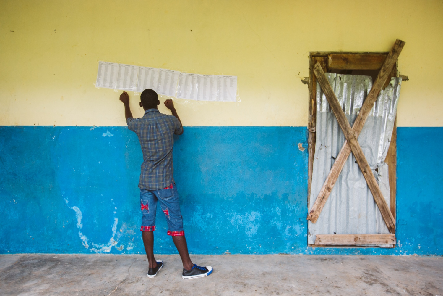 Art and Documentary Photography - Loading selection_elections_jeremie_et_bonbon-7.jpg
