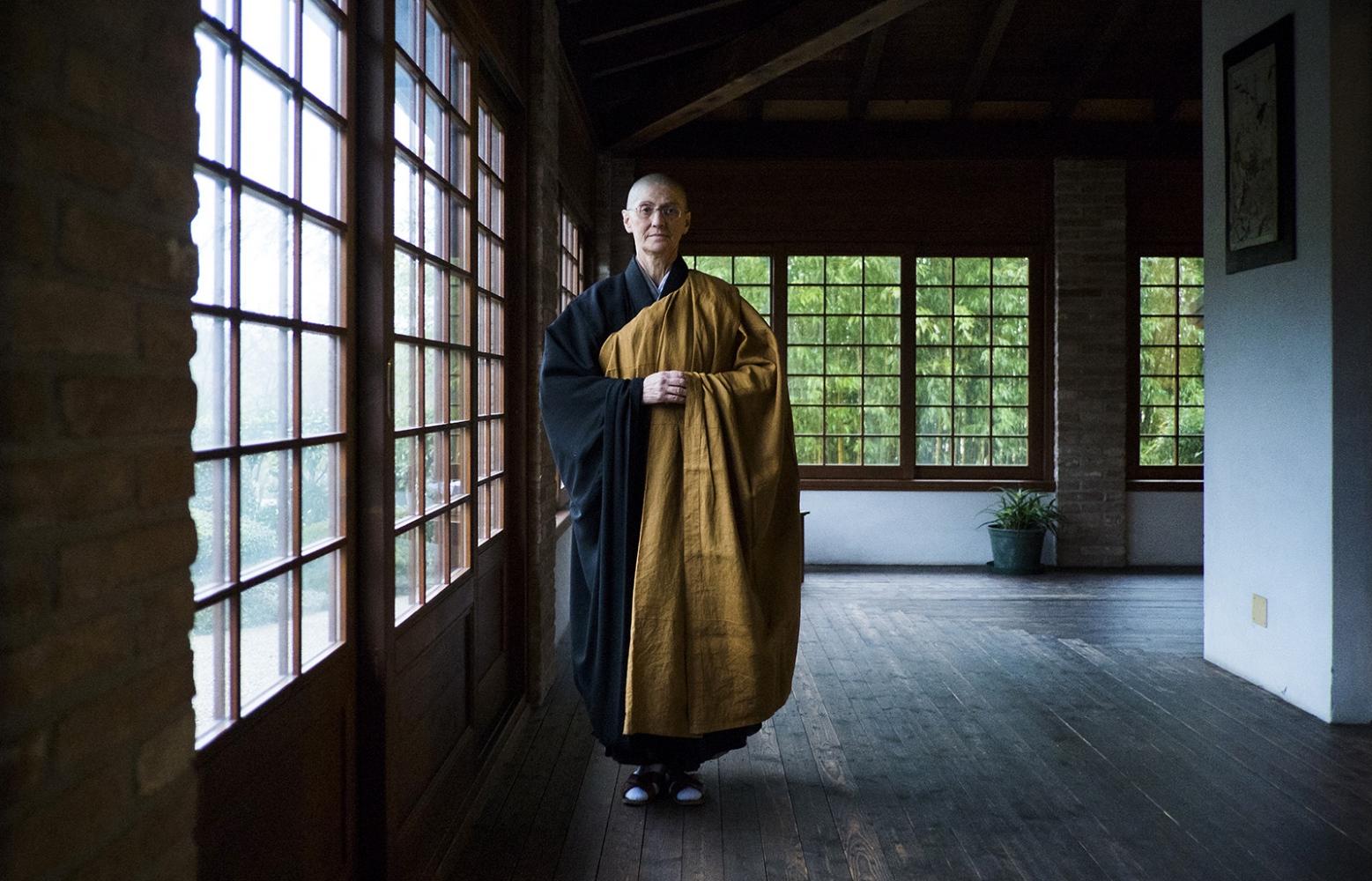 Buddist italian monk, Io Donna,Italy