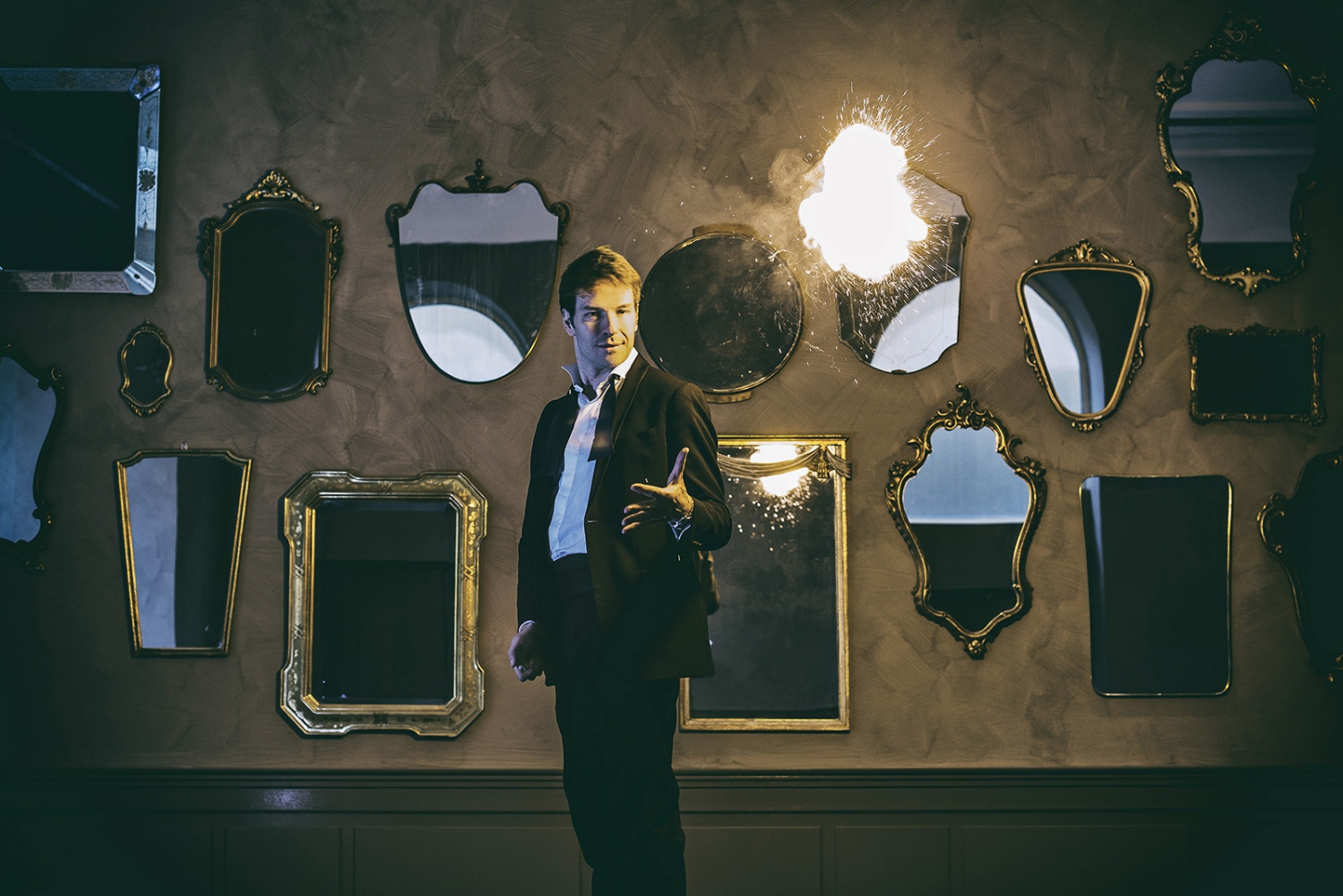Magician a the casino of Saint Vincent, for Vanity Fair, 2014