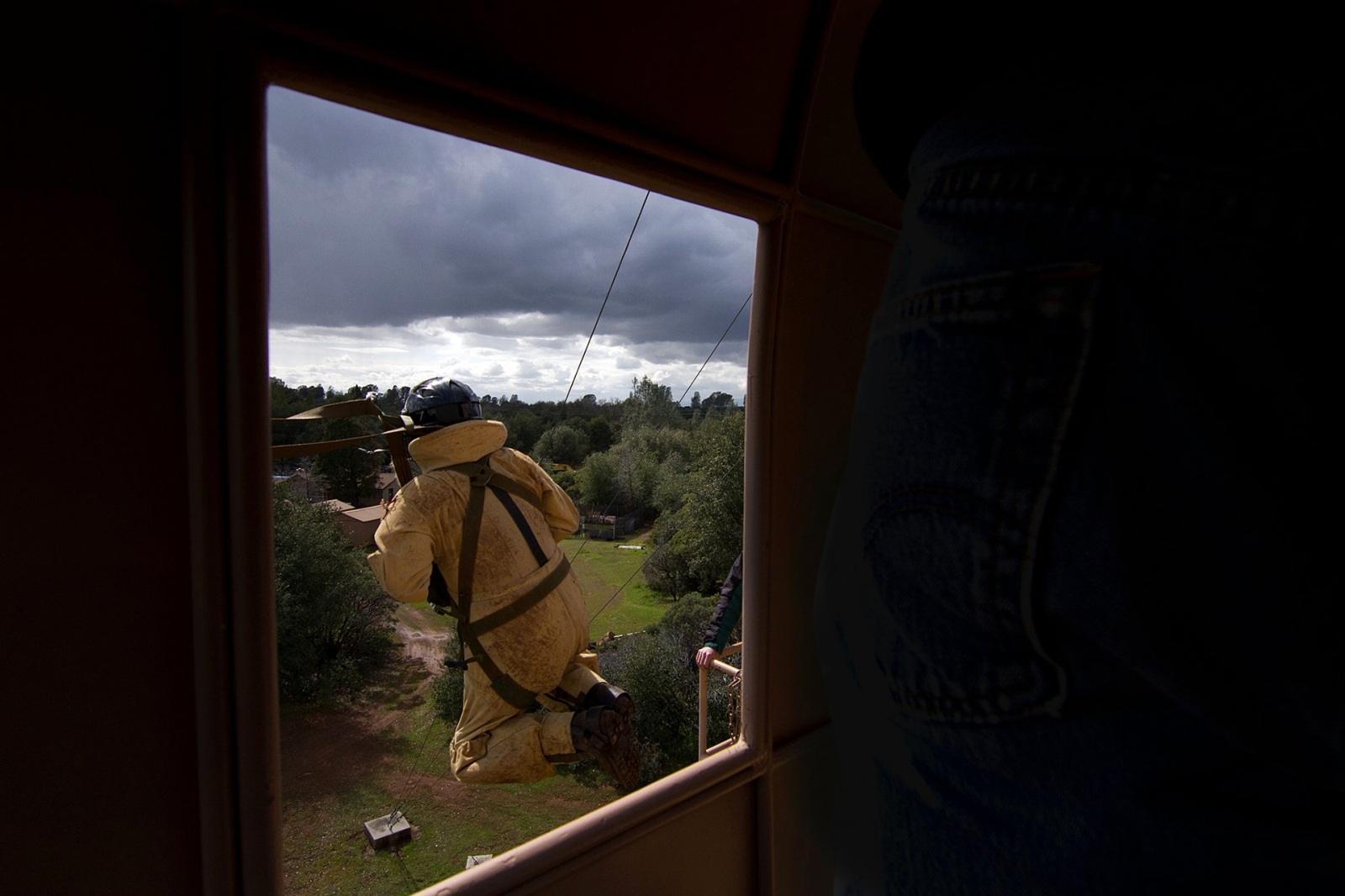 Art and Documentary Photography - Loading USFS_CR_SmokeJumper_Trng3_2011.jpg