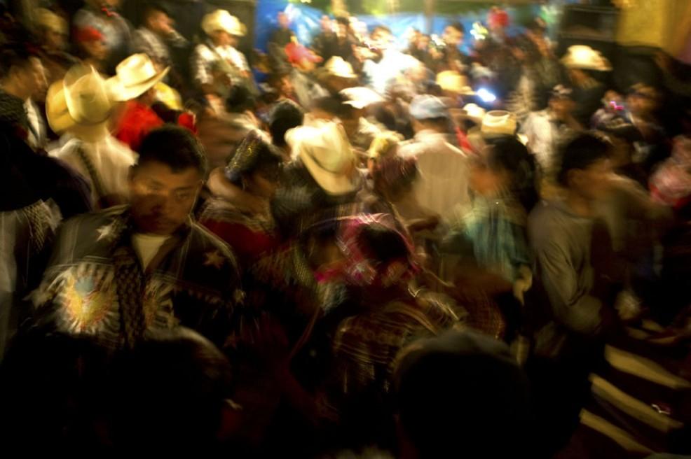 Art and Documentary Photography - Loading Noche de fiesta.jpg