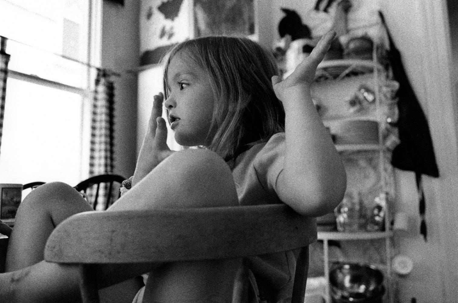 Art and Documentary Photography - Loading alesshandtomouth.jpg