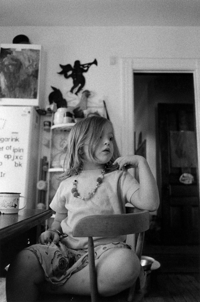 Art and Documentary Photography - Loading august_w-necklace.jpg