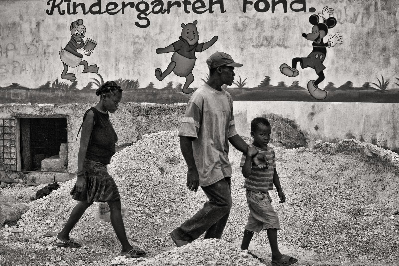 Art and Documentary Photography - Loading P1020061.jpg
