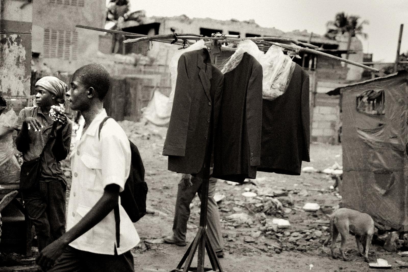 Art and Documentary Photography - Loading P1020079_copy.jpg