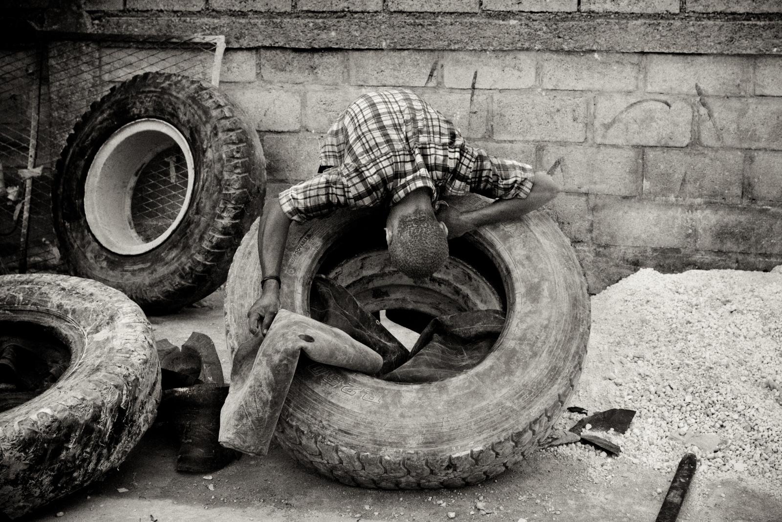 Art and Documentary Photography - Loading P1020676.jpg