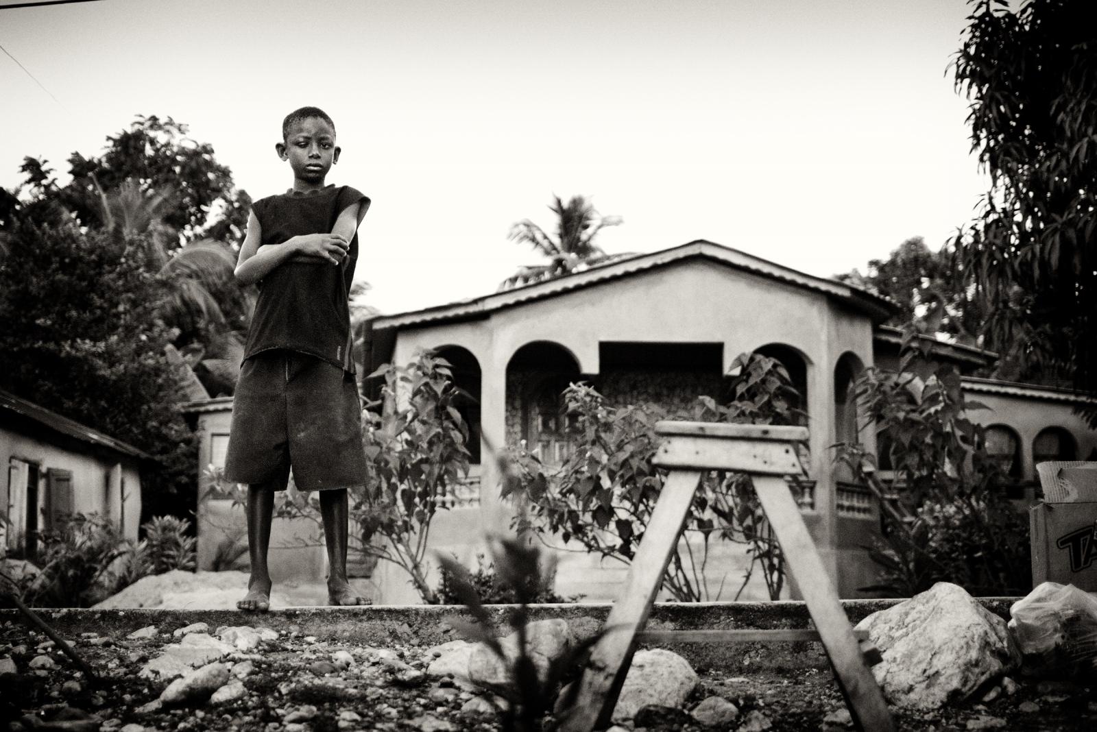 Art and Documentary Photography - Loading P1030227.jpg