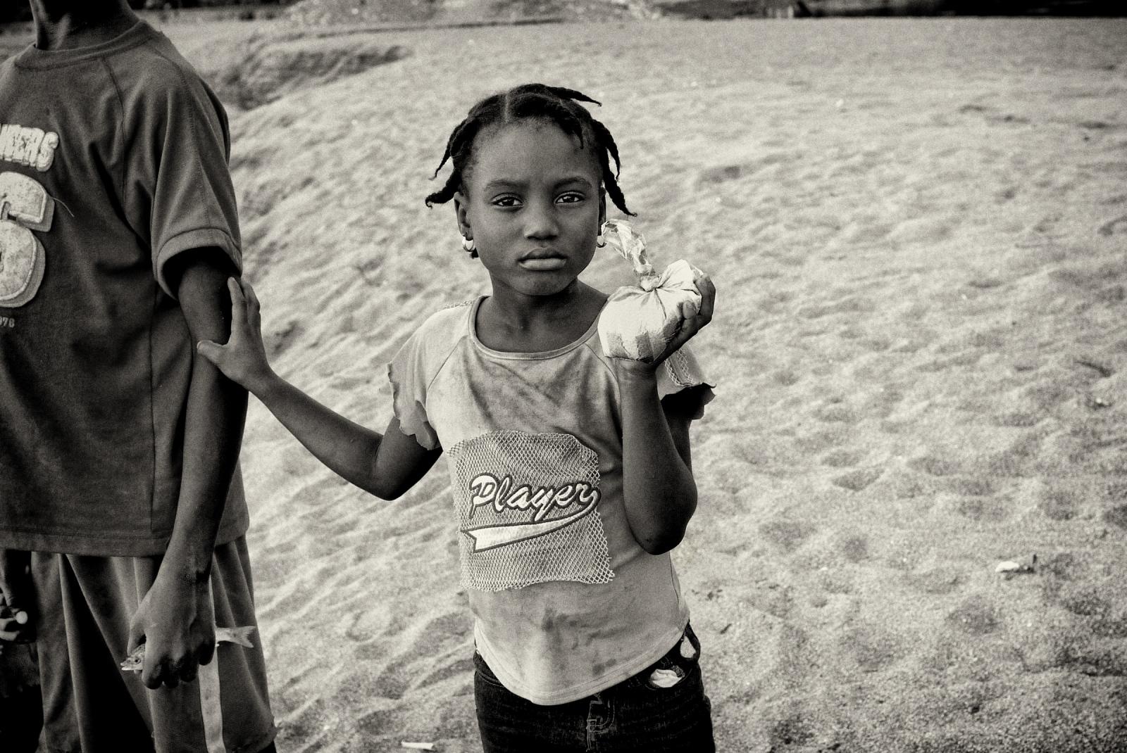Art and Documentary Photography - Loading P1030932.jpg