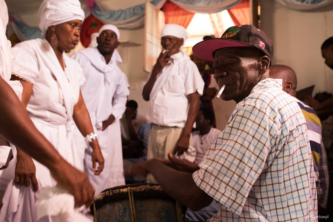 Art and Documentary Photography - Loading fete_des_rois_-_lakou_SOUKRI_et_lakou_BADJO_-_5_et_6_janvier_2017_-vbaeriswyl-20.jpg