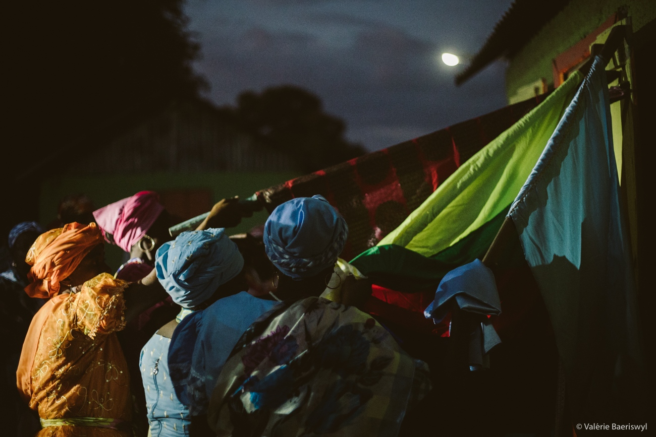 Art and Documentary Photography - Loading fete_des_rois_-_lakou_SOUKRI_et_lakou_BADJO_-_5_et_6_janvier_2017_-vbaeriswyl-42.jpg
