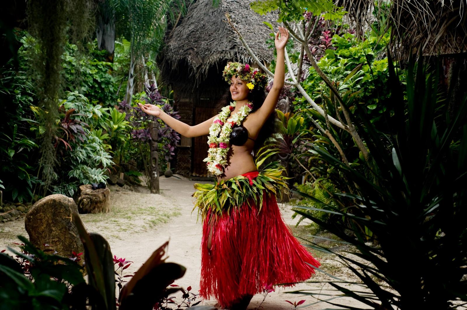 Tahitian dancer, Moorea, Tahiti