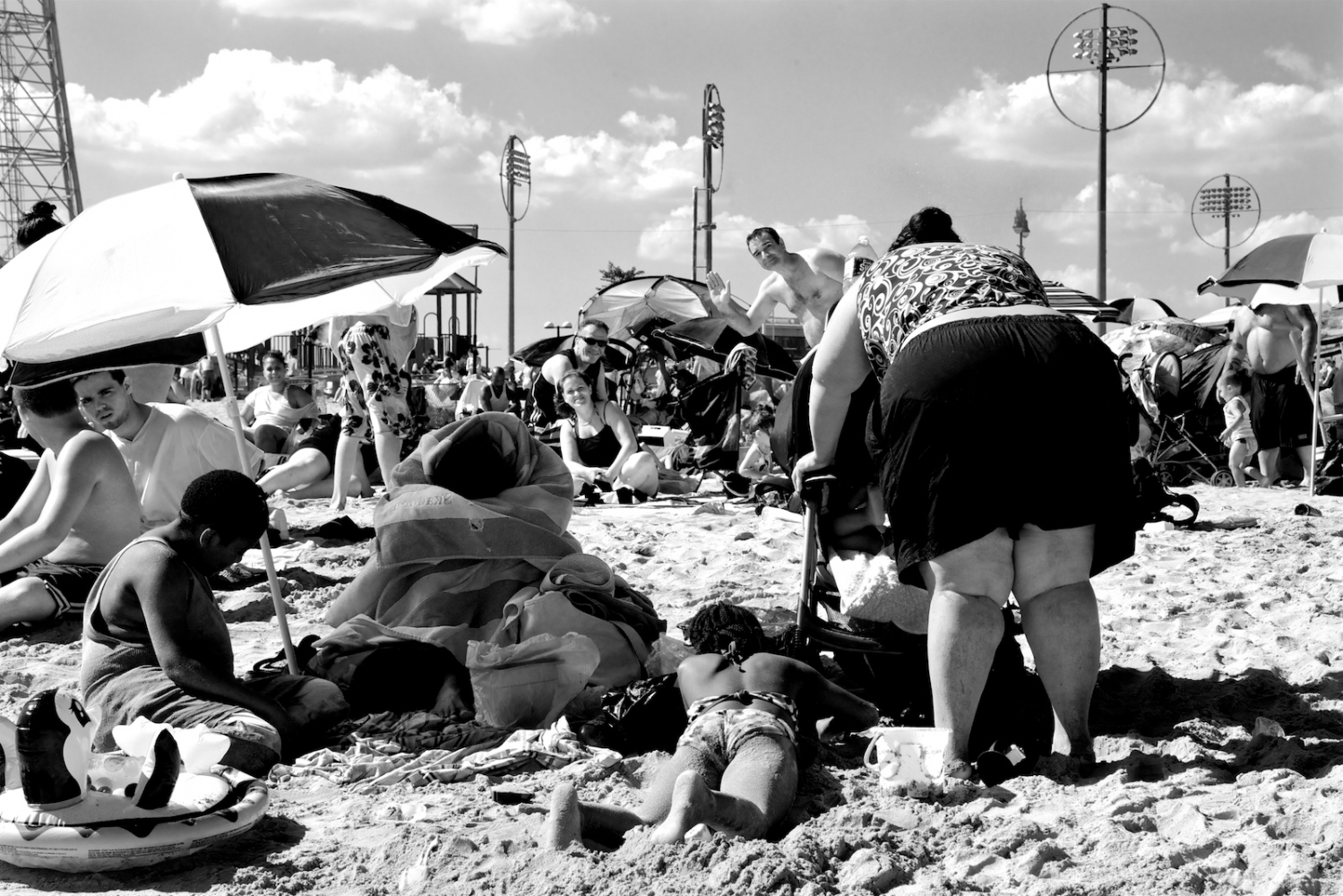 Art and Documentary Photography - Loading lyne_coney_island_revisited2.jpg