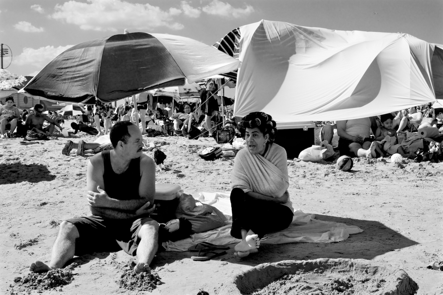Art and Documentary Photography - Loading lyne_coney_island_revisited10.jpg