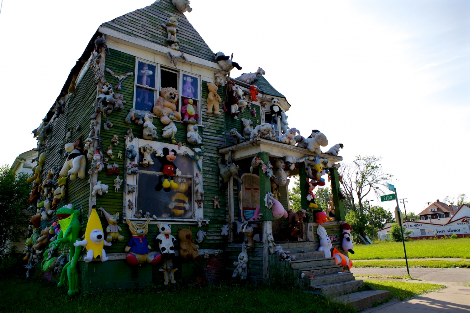 Teddy Bear House. Detroit, Michigan, June 2011