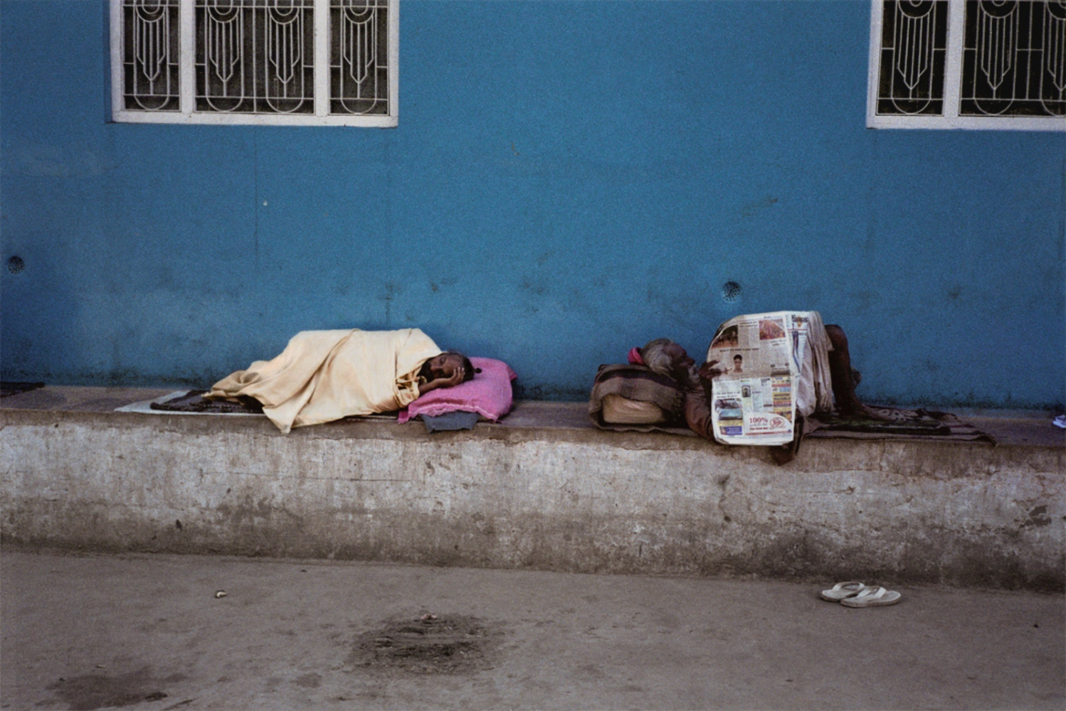Sleeping Man, Reading Man, Pushkar, India, November 2003