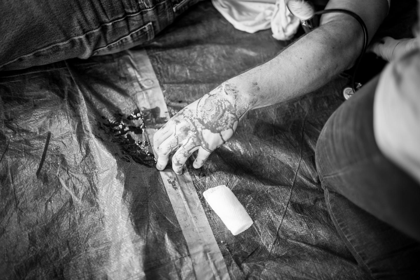 Art and Documentary Photography - Loading EMS_2016_lindsaymorris-24.jpg