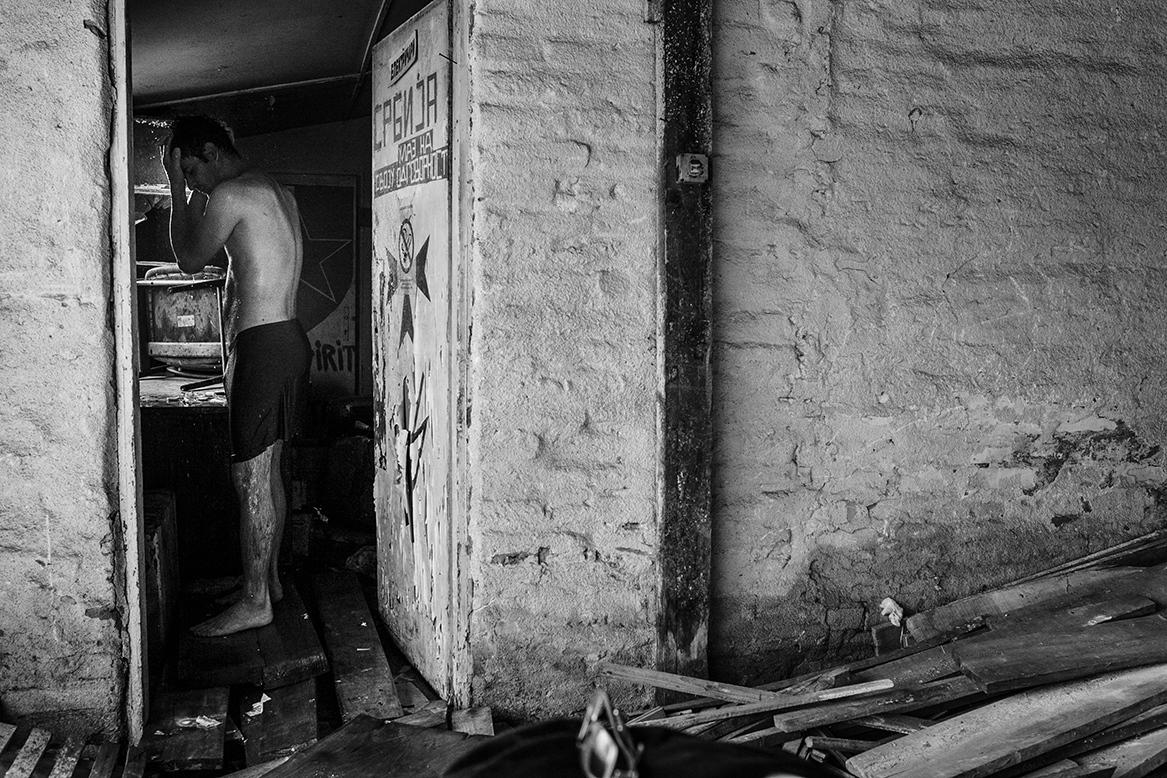 Art and Documentary Photography - Loading 03.jpg