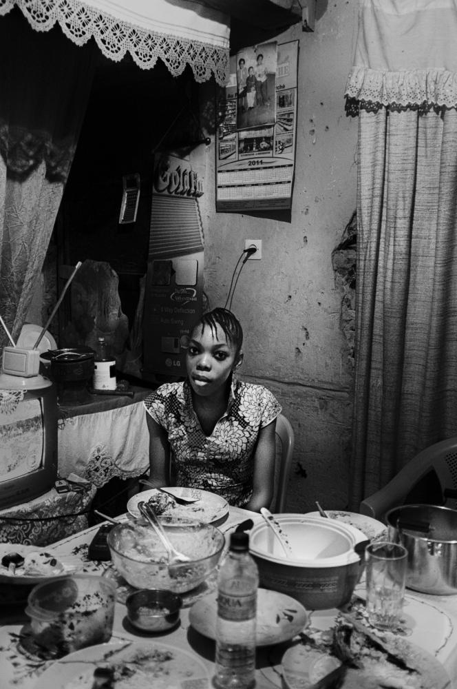 Art and Documentary Photography - Loading pongo-uncanny-14.jpg