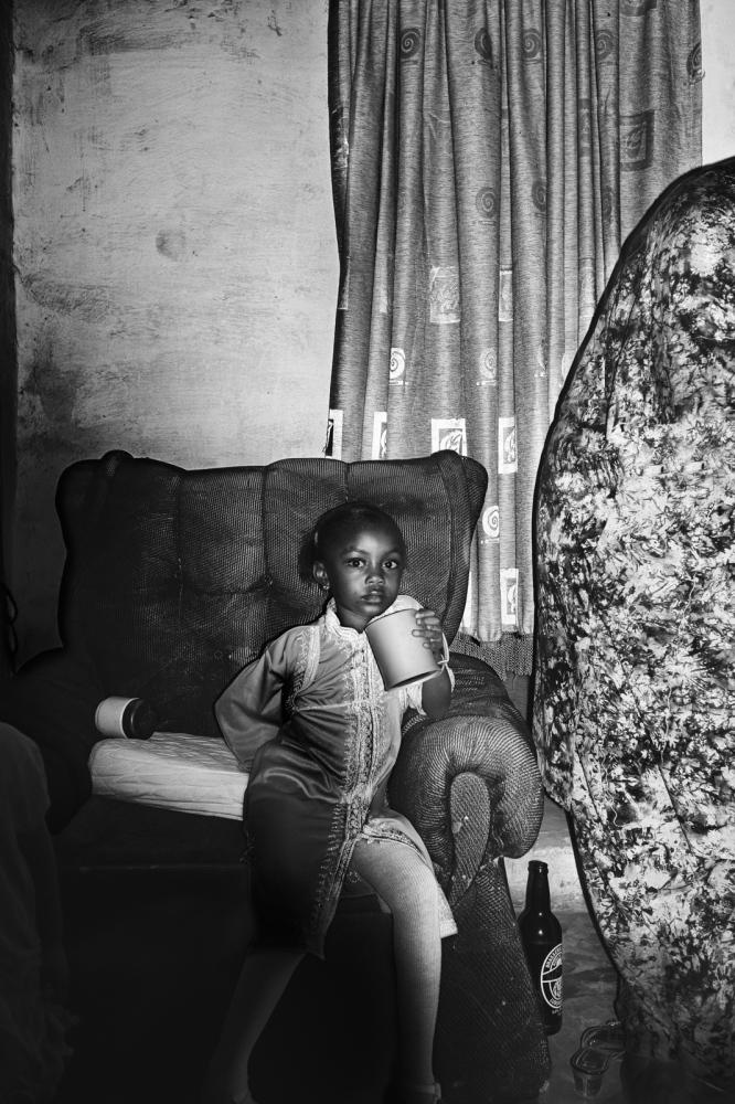 Art and Documentary Photography - Loading pongo-uncanny-19.jpg