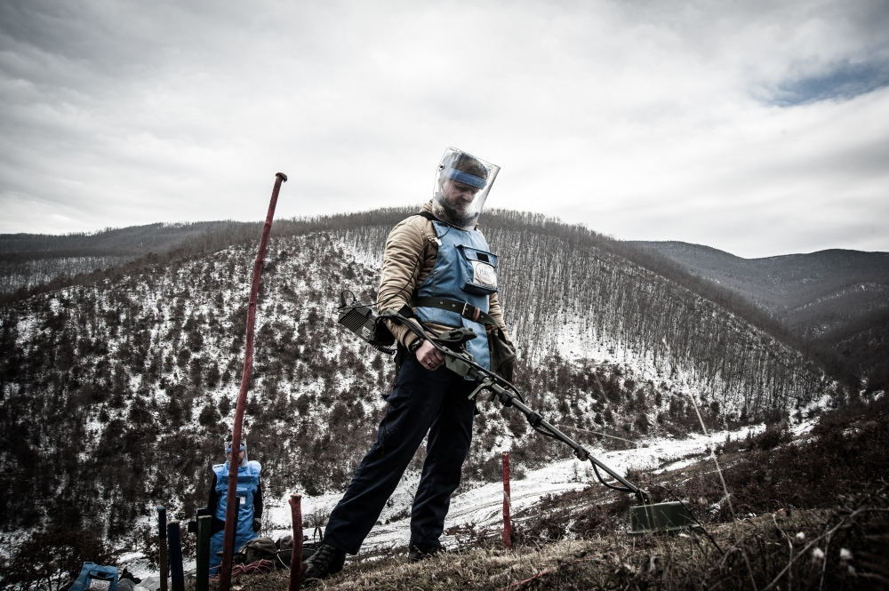 The bomb hunters of Kosovo