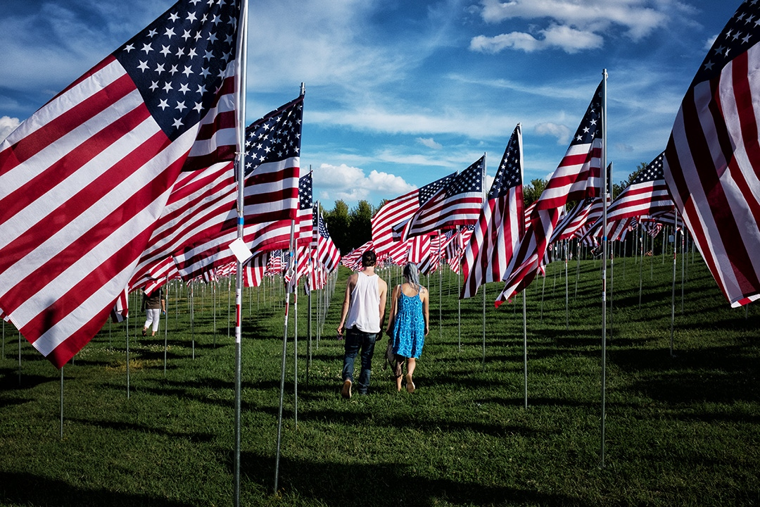 Art and Documentary Photography - Loading flags-of-valor.jpg