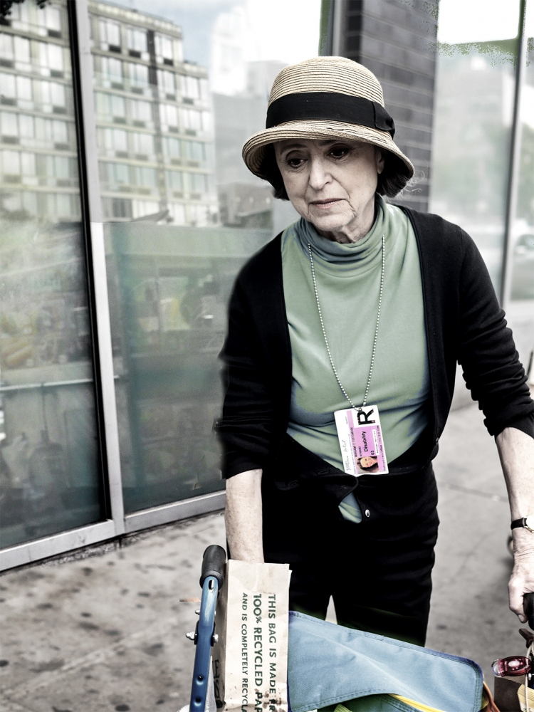 Art and Documentary Photography - Loading woman_hat_from_occupa.jpg