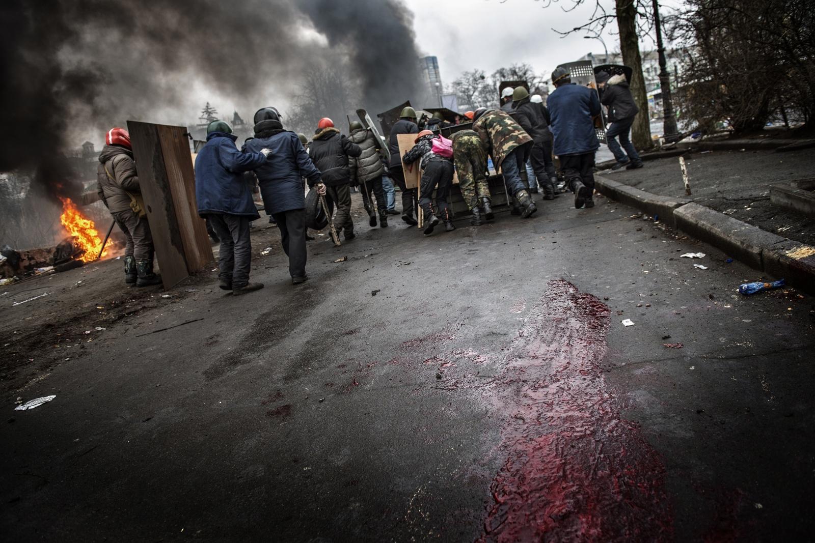 Art and Documentary Photography - Loading Battle_in_Kiev_04.JPG