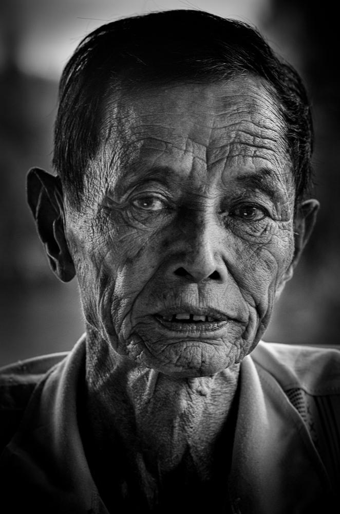 Art and Documentary Photography - Loading 160827-Hoi_An-52-2.jpg