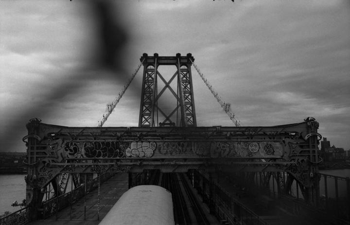 Art and Documentary Photography - Loading mc41.JPG