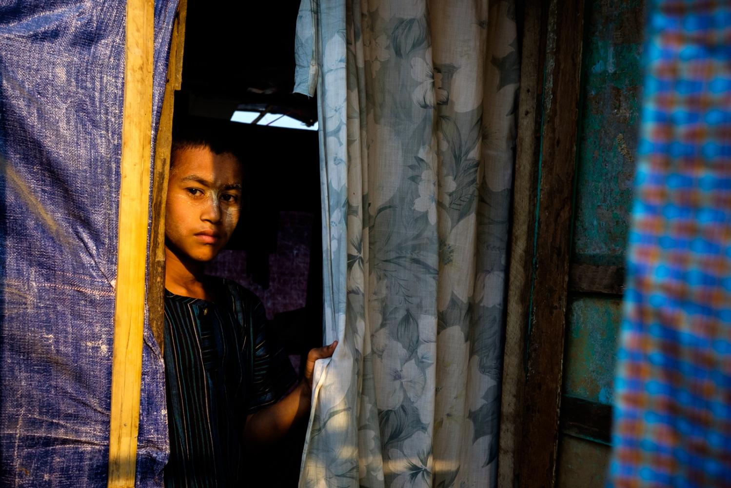 Art and Documentary Photography - Loading Myanmar-padlet-08.jpg