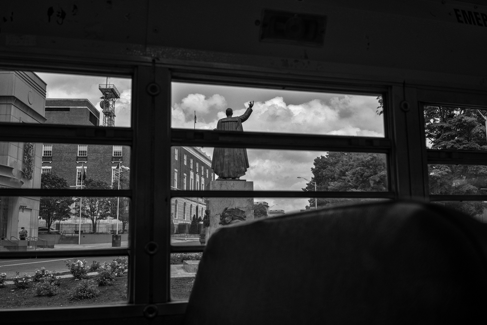 Art and Documentary Photography - Loading DSC05807.jpg