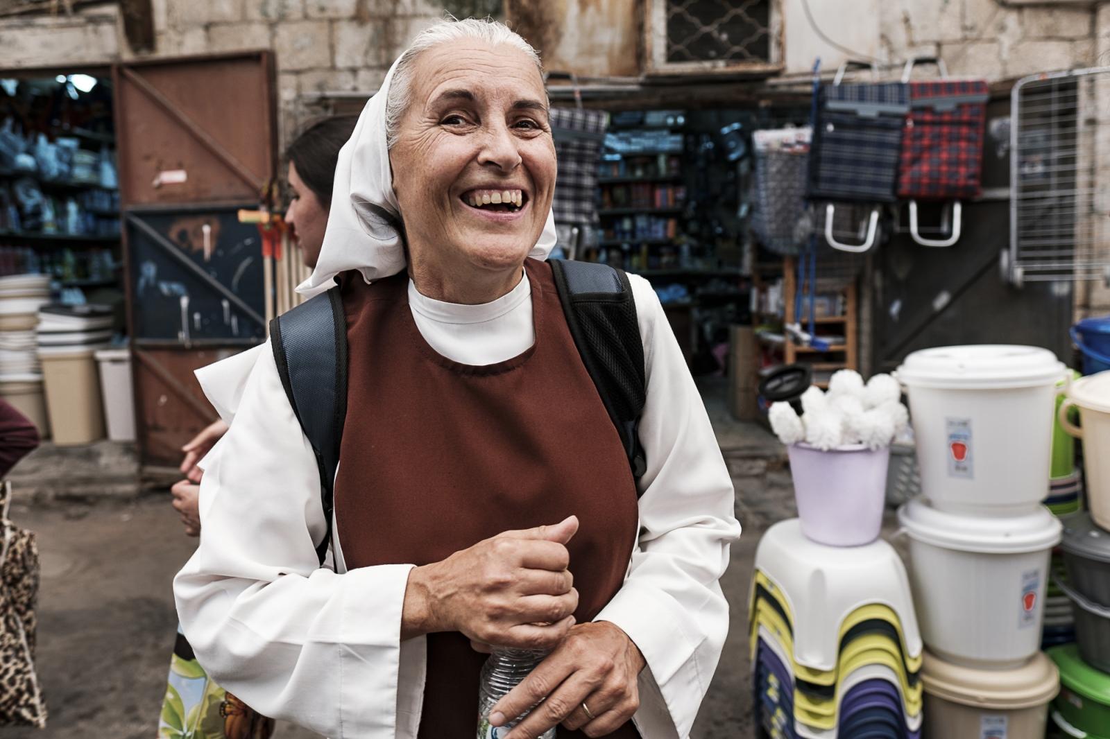 Ramla  רַמְלָה   الرملة  Nun, Ramla Market (shuk/al-sooq)