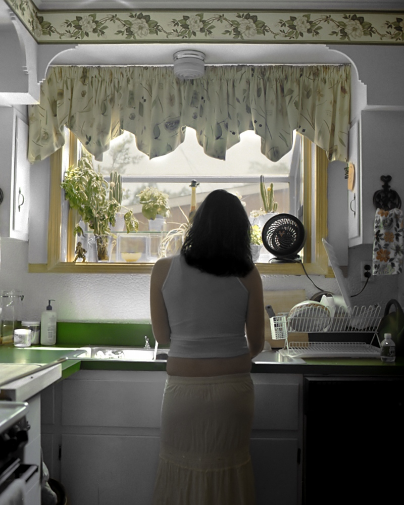 Art and Documentary Photography - Loading Woman_Washing_Dishes_final.jpg