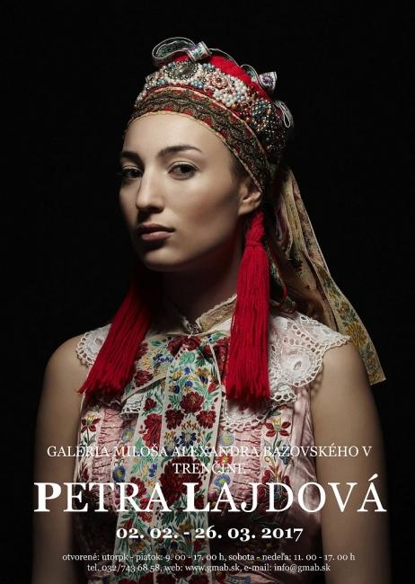 Photography image - Loading petra-lajdova-slovenska-renesancia-ked-krasa-vychadza-na-svetlo-QVw6B.jpeg