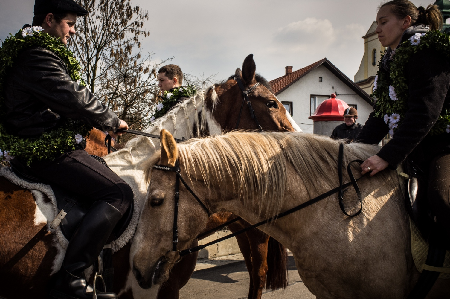 Art and Documentary Photography - Loading Easter_Gliwice-8.jpg