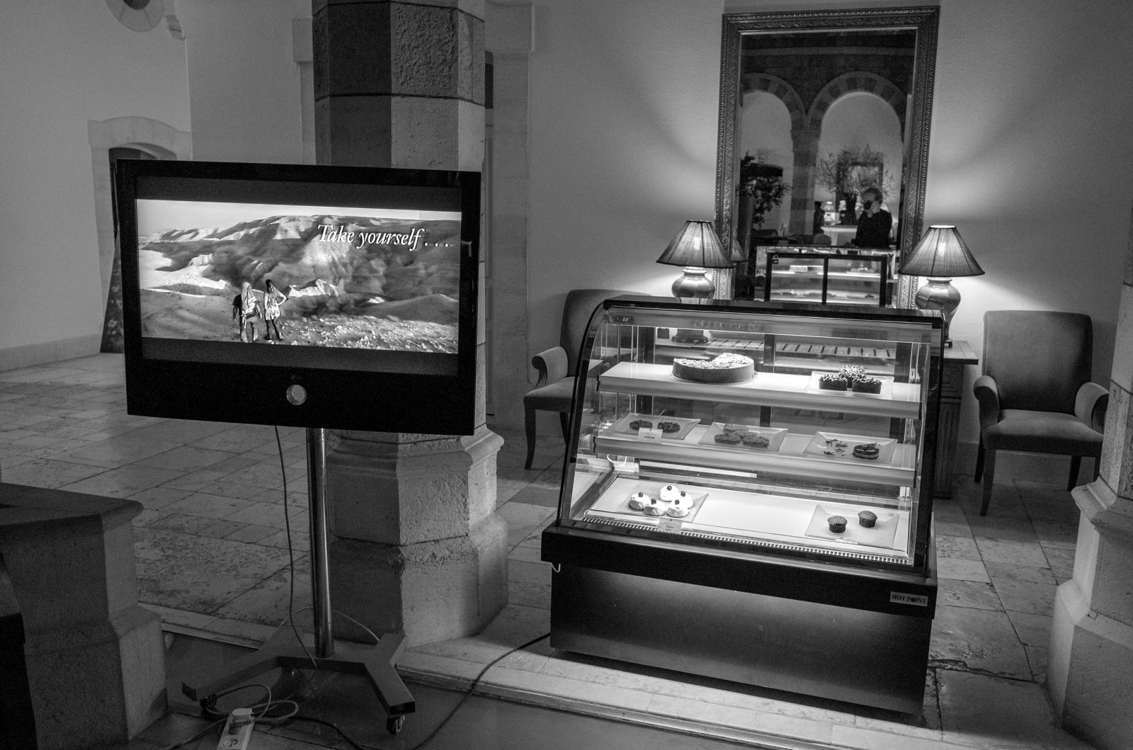 Art and Documentary Photography - Loading R0010226.jpg