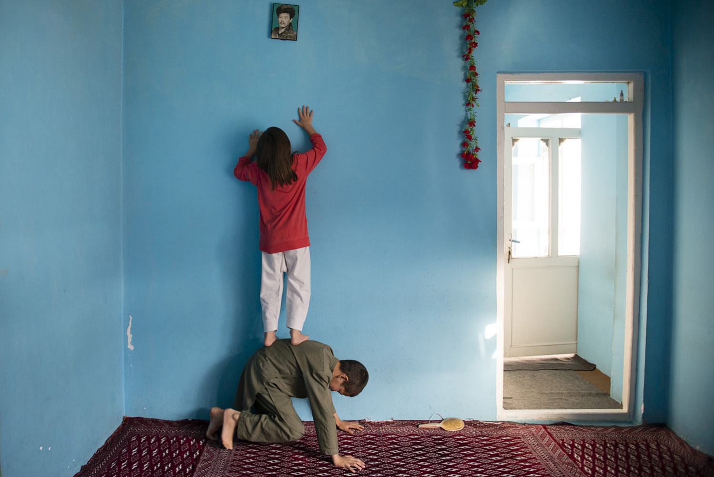 Art and Documentary Photography - Loading Hayeri_Kiana_SingleMothers_004.JPG