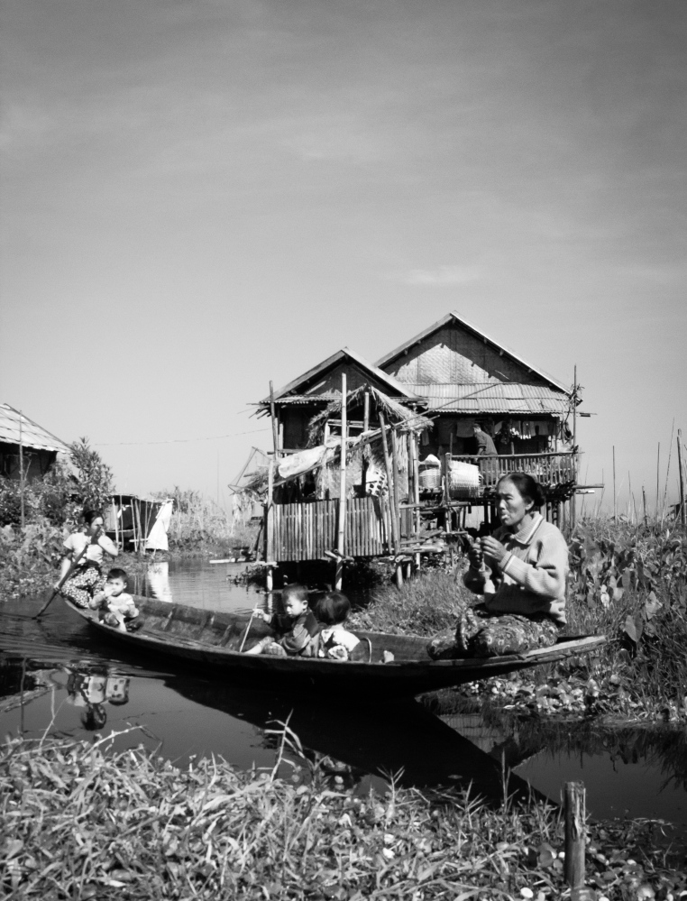 Myanmar, 2017 Generations on a Boat