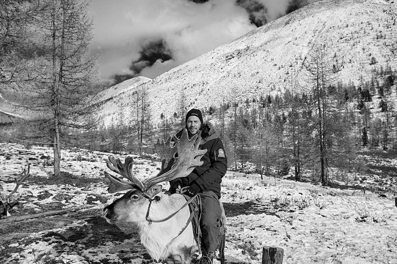 Art and Documentary Photography - Loading RobertMcPherson.jpg