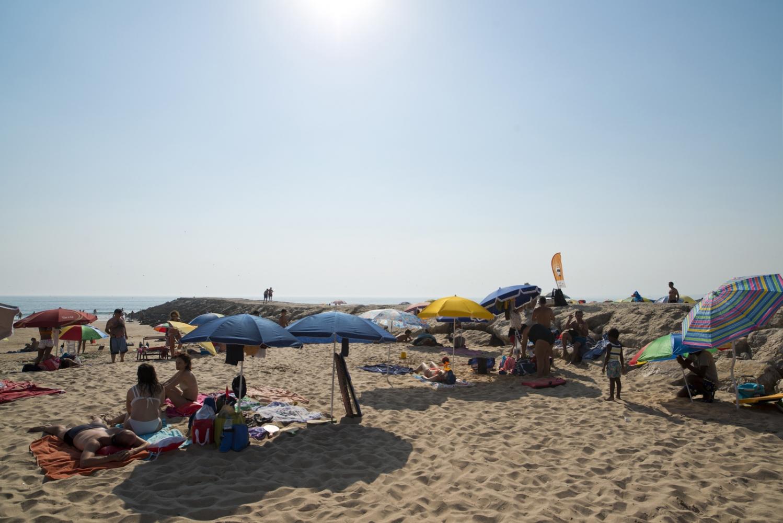 Art and Documentary Photography - Loading beach_lisbon_visura.jpg